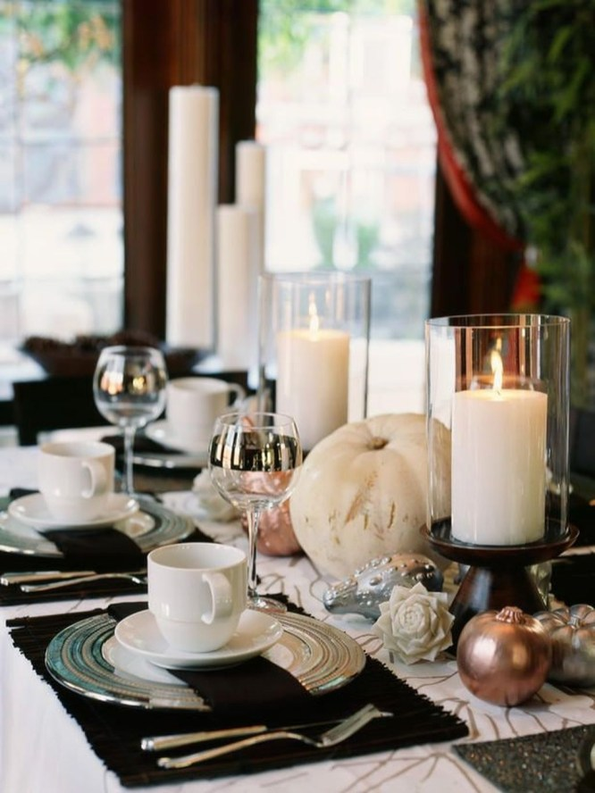 Lovely White And Orange Pumpkin Centerpieces For Fall And Halloween Table36