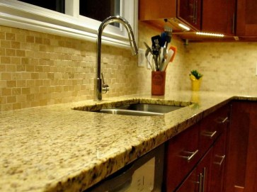 Popular Summer Kitchen Backsplash Ideas28