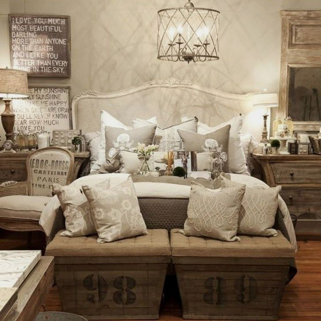 Amazing Farmhouse Style For Cozy Bedroom Decorating Ideas13