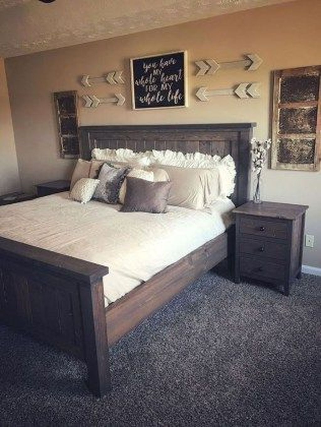 Amazing Farmhouse Style For Cozy Bedroom Decorating Ideas27