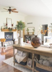 Charming Home Fall Decorating Ideas With Farmhouse Style11