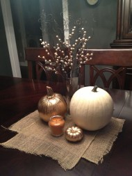 Charming Home Fall Decorating Ideas With Farmhouse Style12