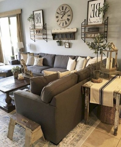 Comfy Farmhouse Living Room Decor And Design Ideas32