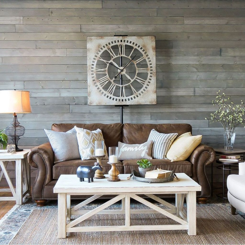 Comfy Farmhouse Living Room Decor And Design Ideas33