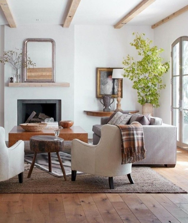 Comfy Farmhouse Living Room Decor And Design Ideas37