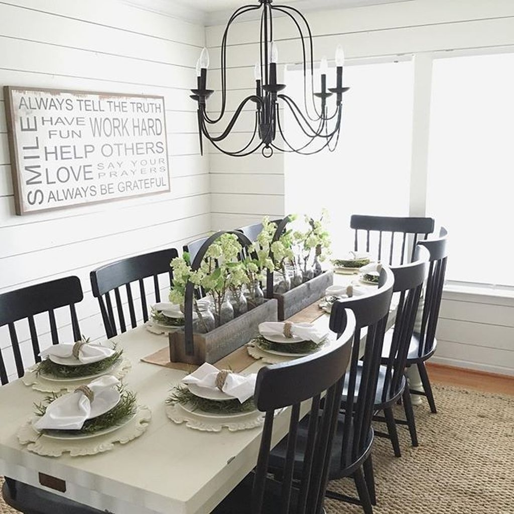 Elegant Farmhouse Dining Room Design Ideas13