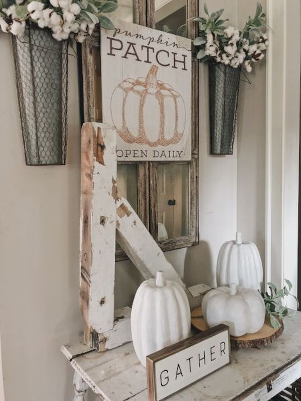 Pretty Farmhuose Entryway Design And Decor Ideas23