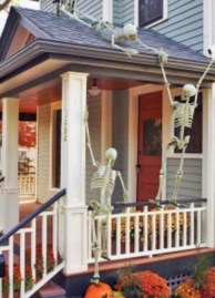 Stunning Diy Outdoor Halloween Decor And Design Ideas02