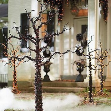 Stunning Diy Outdoor Halloween Decor And Design Ideas27