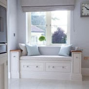 Stunning Window Seat Ideas With Padded Seat And Storage Below36