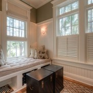 Stunning Window Seat Ideas With Padded Seat And Storage Below37
