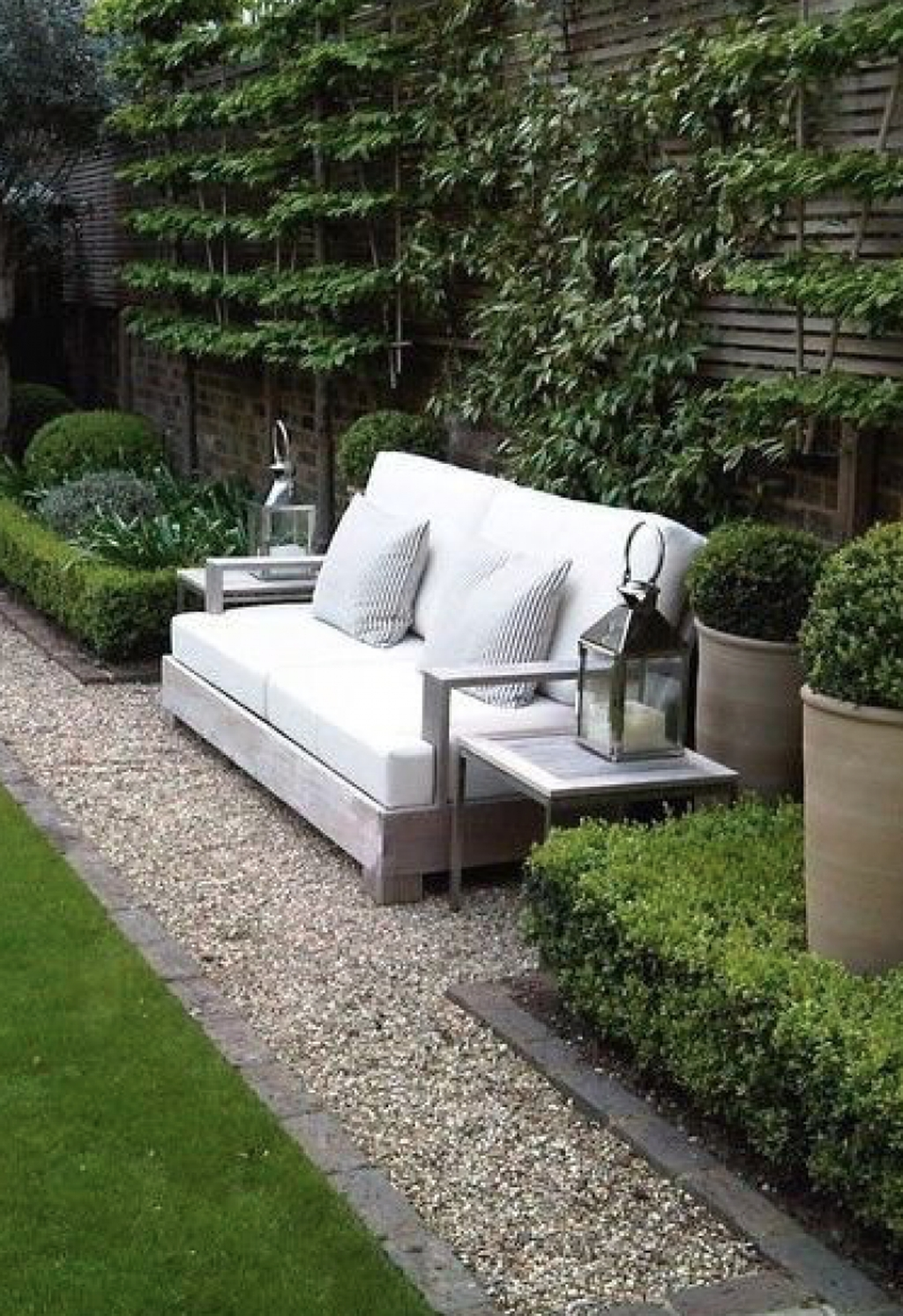 Stylish Backyard Landscaping Ideas For Your Dream House41