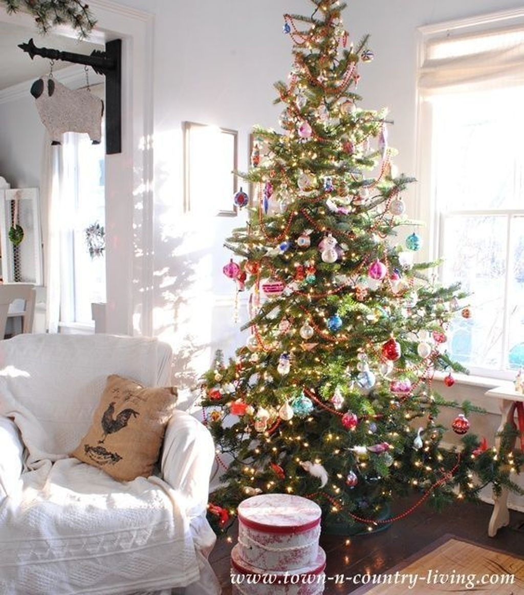 Awesome Vintage Christmas Living Room Decoration Ideas21