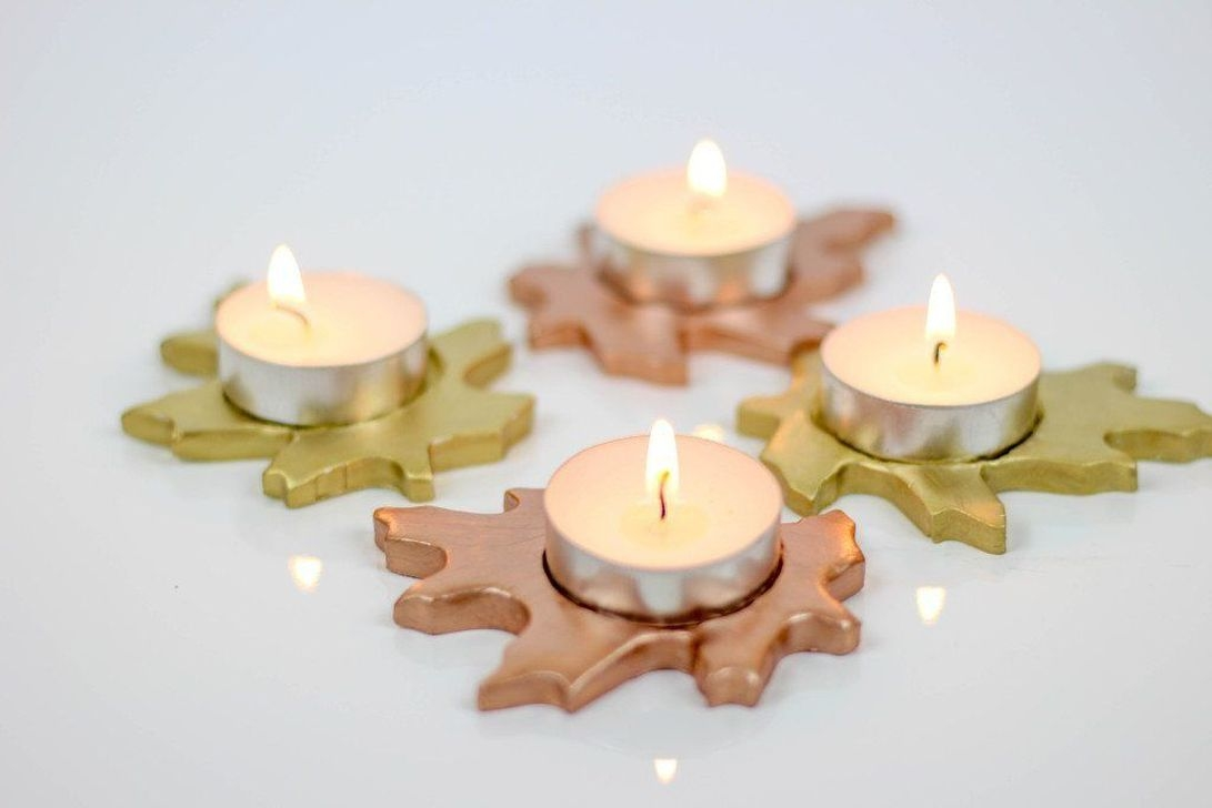 Beautiful Christmas Candle Holders Design Ideas43