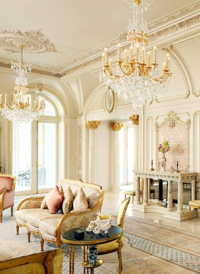 Beautiful Living Room Design Ideas For Luxurious Home39
