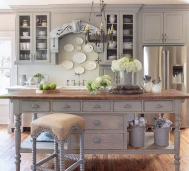 Flawless French Country Style Kitchen Decor Ideas15