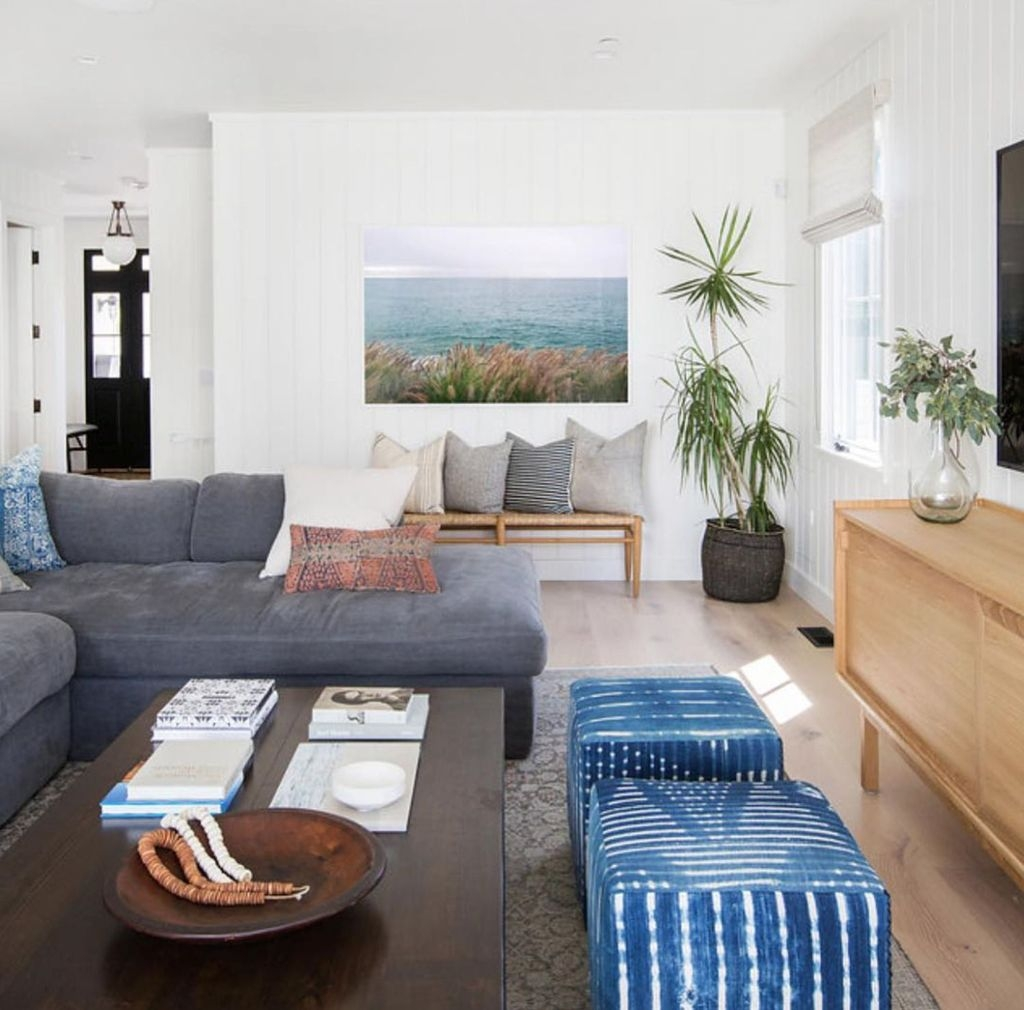 Beautiful Family Friendly Living Rooms Design Ideas15