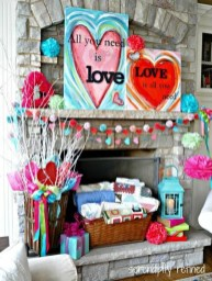 Best Décor Ideas For A Valentine'S Day Party42