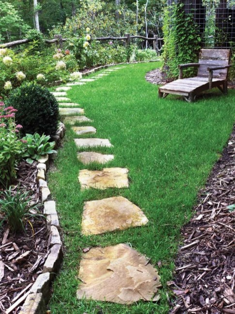 Inspiring Stepping Stone Pathway Decor Ideas For Your Garden36