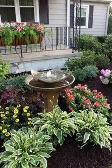 Pretty Front Yard Landscaping Ideas37