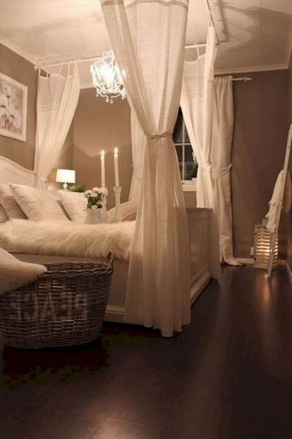 Rustic Romantic Master Bedroom Design Ideas22