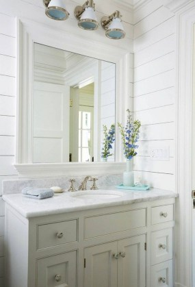 Stunning Coastal Style Bathroom Designs Ideas11
