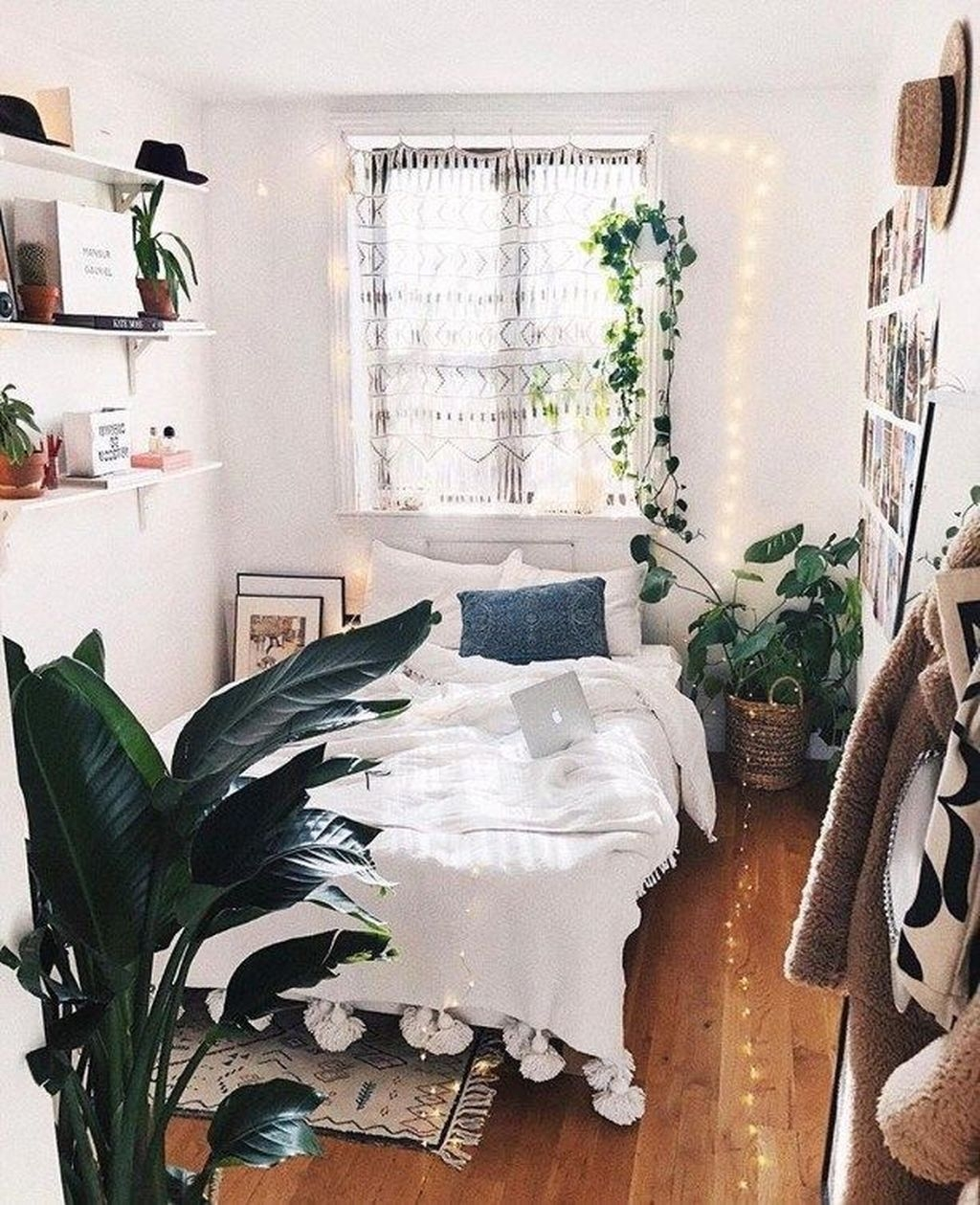 Stunning Small Bedroom Decoration Ideas33