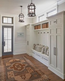 Awesome Mudroom Entryway Decorating Ideas03