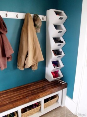 Awesome Mudroom Entryway Decorating Ideas15