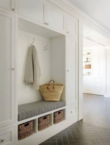 Awesome Mudroom Entryway Decorating Ideas20