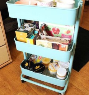 Brilliant Dorm Room Organization Ideas On A Budget40
