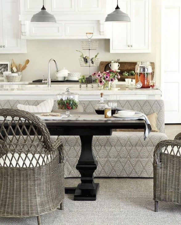 Creative Banquette Seating Ideas For Kitchen29