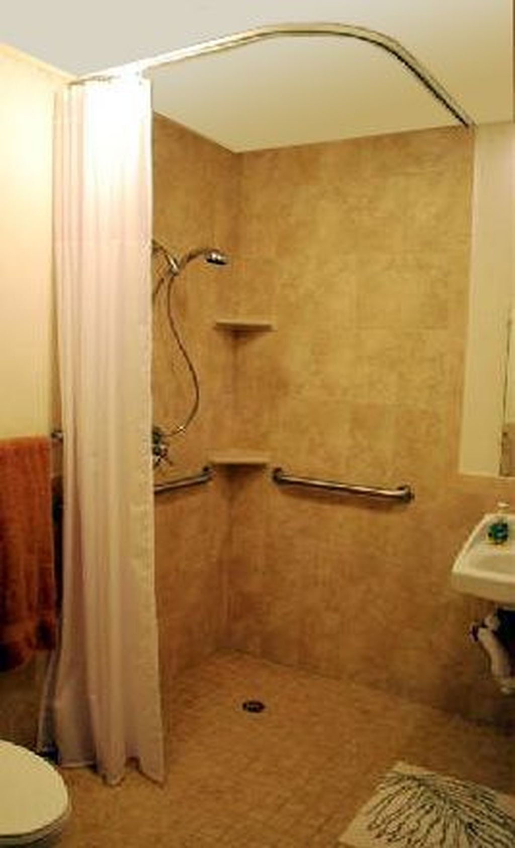 Incredible Curbless Shower Ideas For House11
