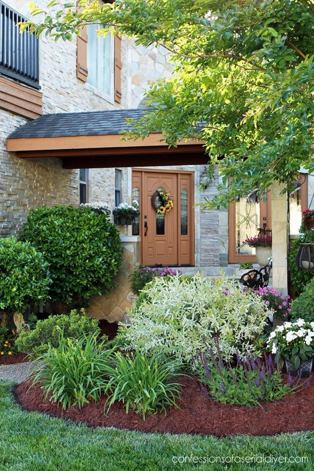 Inexpensive Front Yard Landscaping Ideas19
