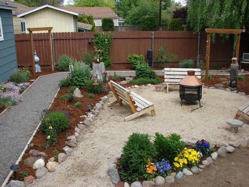 20+ Smart Backyard Landscaping Ideas On A Budget - TRENDEDECOR on Cheap Back Garden Ideas id=48509