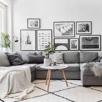 Stylish Small Living Room Decor Ideas On A Budget19