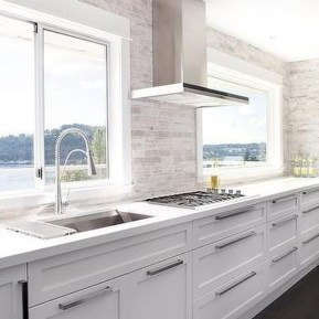 Captivating White Cabinets Design Ideas For Kitchen02