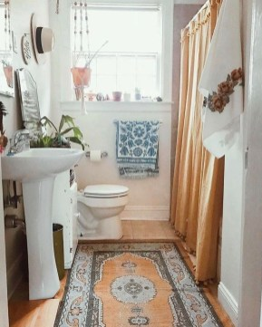 Cute Bohemian Style Decorating Ideas For Bathroom16