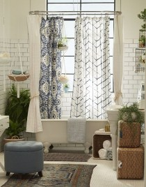 Cute Bohemian Style Decorating Ideas For Bathroom29