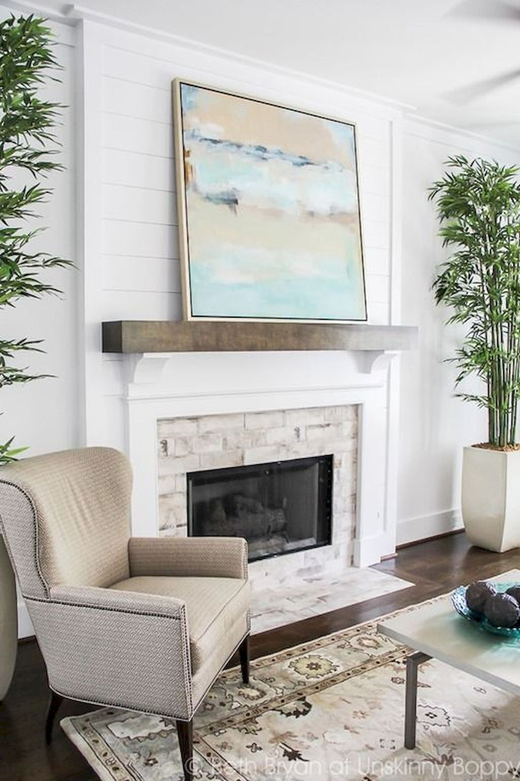 Modern Brick Fireplace Decorations Ideas For Living Room35