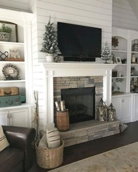 Modern Brick Fireplace Decorations Ideas For Living Room44