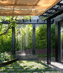 Stylish Outdoor Water Walls Ideas For Backyard03