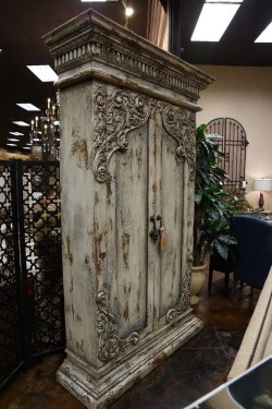 Awesome Distressed Furniture Ideas23