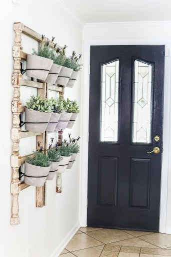 Cute Living Wall Décor Ideas For Indoor And Outdoor27