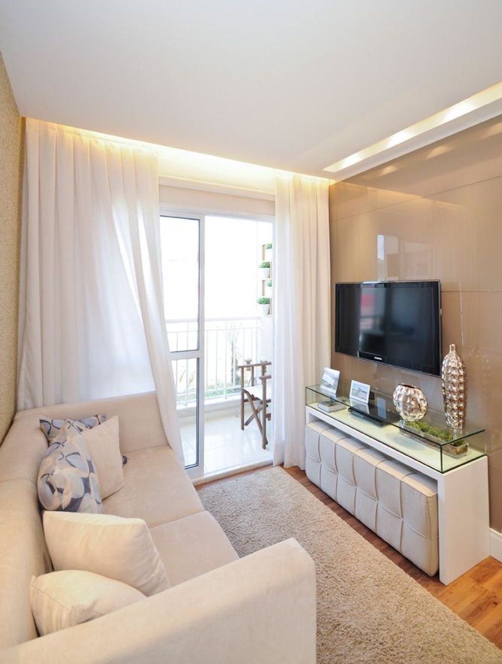 Perfect Apartment Living Room Decor Ideas On A Budget26