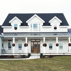 Popular Farmhouse Exterior Design Ideas03