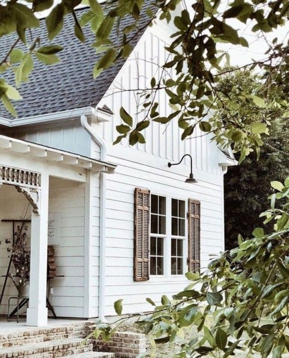 Popular Farmhouse Exterior Design Ideas21