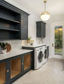 Popular Farmhouse Laundry Room Design Ideas35