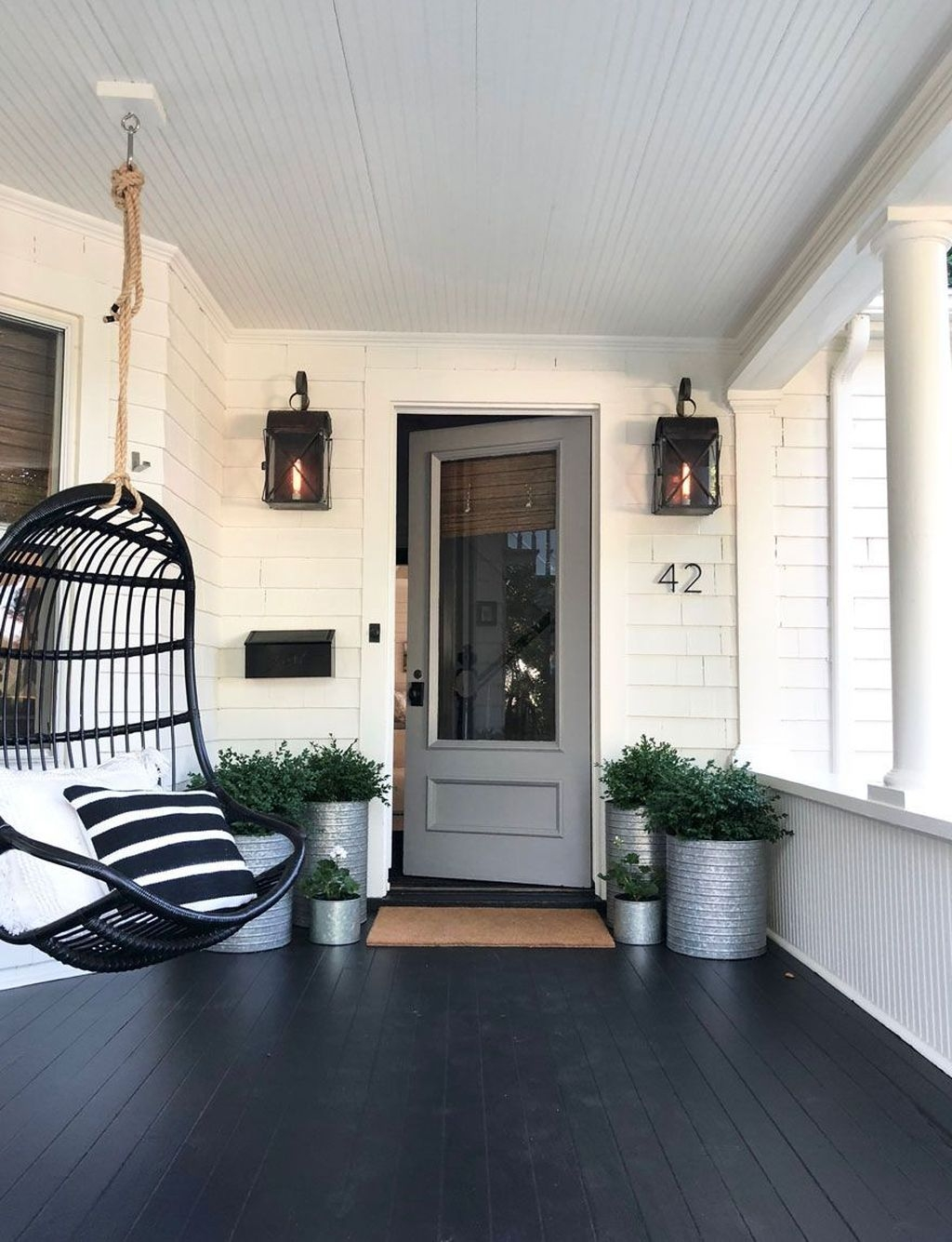 Adorable Porch Planter Ideas That Will Give A Unique Look23