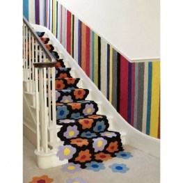 Beautiful Color Ideas For Your Stairs Decoration14